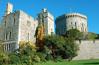 Windsor Hop-on Hop-off Sightseeing Bus Tour - Extrapolitan
