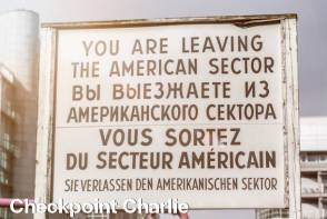 Checkpoint Charlie - Berlin Sightseeing