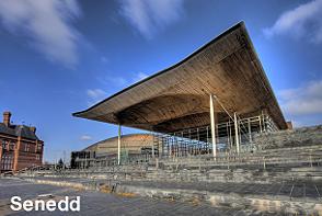 Navigatours Cardiff - Senedd