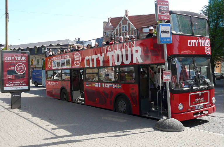 Red Buses Tallinn - Hop-on Hop-off Sightseeing Bus Tour